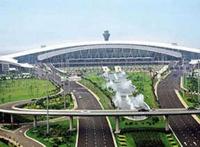 廣州宏(hong)際橋(qiao)架廠家案例︰廣州白雲(yun)國際機場